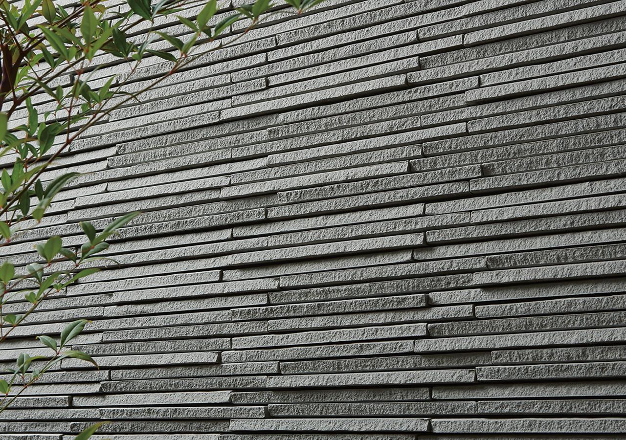 SENTOUSAI artisan tile by inax tile